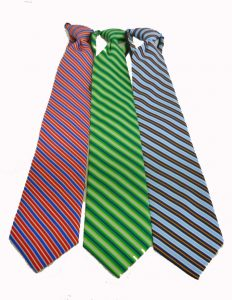 hotel-banquet-striped-zipper-ties-25